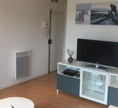 Apartment-Komfort-Ensuite Bad-Strassenblick 2