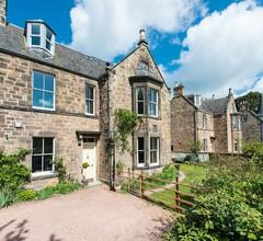 Charmantes viktorianisches Einfamilienhaus in einem grünen Vorort, in der Nähe von Edinburgh, für 11 Personen 1