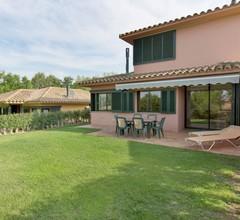 Moderne Villa in Navata Spanien mit Swimmingpool 1