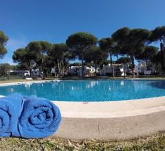 Reihenhaus mit 3 Schlafzimmern für 8 Personen, Pool, 200 m zum Strand von Estepona / Marbella 2