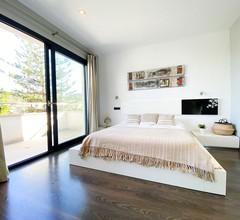VILLA ADRIANO.Villa modern mit Parkplatz und Pool nur 5 Minuten vom Meer 2