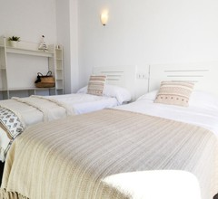 VILLA ADRIANO.Villa modern mit Parkplatz und Pool nur 5 Minuten vom Meer 1