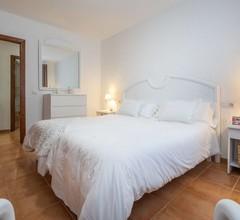 Angenehme Wohnung für 4 Leute mit W-LAN, Klimaanlage, TV, Balkon und Parkplatz 2