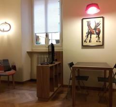 Zwei Zimmer in einem eleganten Gebäude im historischen Zentrum, nur 600 Meter von der Piazza Duomo 1