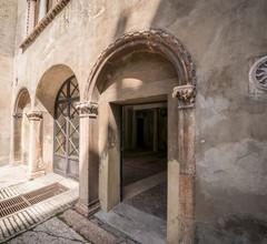 Bright Apartments Verona - Cattaneo Historical 2