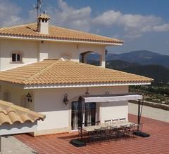 Hervorragende Villa mit privatem Pool mit atemberaubender Aussicht! 2