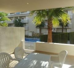 Gartenapartment mit direktem Zugang zu den 2 Pools und Gärten 2