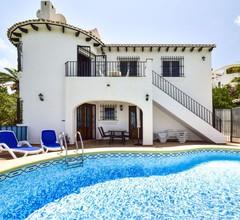 Herrliche Wohnung für 6 Personen mit Klimaanlage, W-LAN, privatem Pool, TV und Parkplatz 2
