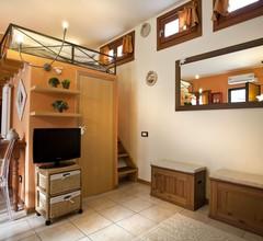 Elegantes Studio mit einem Hochbett von 35 Quadratmetern 1