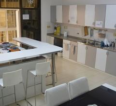 Schöne voll möblierte Suite - Corniche Villas 1