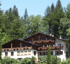 Hotel Pass Lueg 2