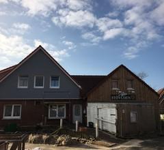 Exclusive Wohnung mit großer Dachterrasse in Strandnähe mit Sauna 2