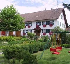 Ferienwohnung Nr. 1, 56 qm, Garten, 2 Schlafzimmer, max. 4 Personen 2