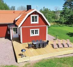3 Zimmer Unterkunft in Gullspång 2
