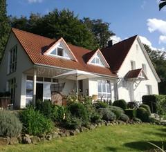Ferienwohnung / Apartment idyllische sonnige ruhige Lage, am Waldrand, Weitblick 2