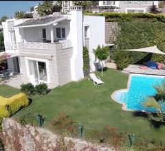 Traumhaus mit fantastischem Panorama-Meerblick und privatem Pool, Wifi 2