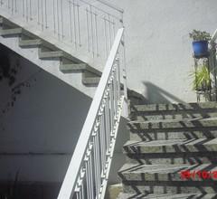 Grosszügige, helle Dachgeschosswohnung mit Meerblick und zwei grossen Terrassen 2