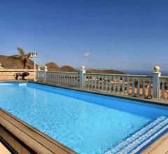 Apartment in einer großen Villa mit Südterrasse und Pool Freies WLAN Parken mögl 2