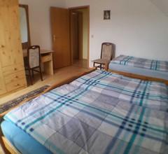 Ferienwohnung für 6 Personen (80 Quadratmeter) in Mellenthin 1