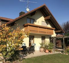 Gemütlich eingerichtete Ferienwohnung in Pastetten Lkr.Erding 2