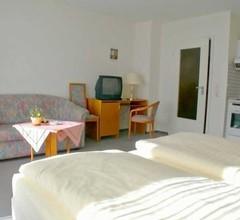 Doppelzimmer für 3 Personen (20 Quadratmeter) in Neustadt In Holstein 1