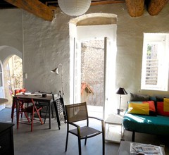 Homerez last minute deal - Nettes Studio mit Balkon 2