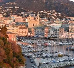 Nice studio in Bastia in secure private residence 1