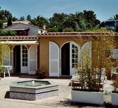 Sehr sonnige Villa, ruhig, 400 m vom Strand und Einkaufsmöglichkeiten 1