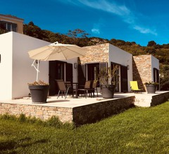 Schönes Haus mit Garten, Pool und eigenem Parkplatz, Meer- und Bergblick 1