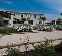 Zeitgenössisches provenzalisches Bauernhaus in der Nähe von Avignon und St Rémy de Provence, Alpilles 2