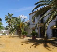 In der Nähe von Sevilla, 400m2, gehoben, 4 Schlafzimmer, 3 Bäder, 48m Pool, Charme 2