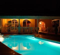 Schöne Villa 250quadratmeter in der Sonne mit Vollem Südpool 2