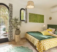 Ferienhaus mit Terrasse und Meerblick im Herzen von Bastia 2