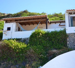 House With 2 Bedrooms in Aljezur- With Wonderful sea View- Furnished Balcony and Wifi - 100 m From the Beach 2