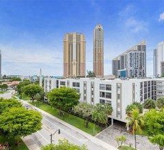 Beautifully remodeled apartment in the Floridian Riviera, Sunny Isles 2