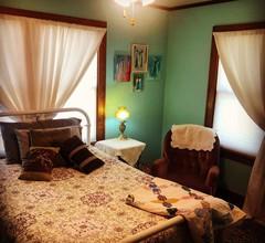 Louise's Zimmer-Pfarrhaus mit dem roten Boden 2