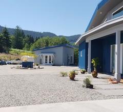 Water & Mountain Views - Niedliches aber geräumiges und gemütliches brandneues Studio 2