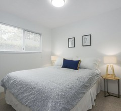 Renovierte, charmante Viertel in der Nähe von besten Annehmlichkeiten (3 Schlafzimmer) 2
