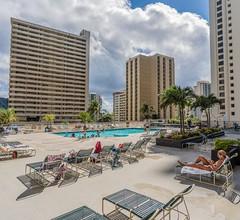 Luxus Penthouse mit Fantastischem Meerblick 1 Block zum Strand Parken 2
