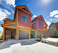 Upgraded Townhome: Private Hot Tub- W / D- Grill- 1 Meile zu I-70- mit Shuttle Stop 1