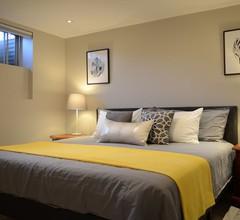 M Lodge-Elegante Suite, Kingsize-Bett, voll ausgestattete Küche, in der Nähe von Seneca 1