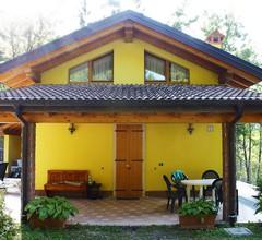Ferienhaus mit großem Garten 1