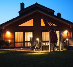 Ferienhaus komfortabel mit Sauna und Garten 2