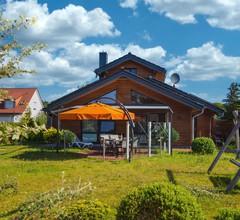 Ferienhaus komfortabel mit Sauna und Garten 1