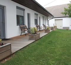 Weingut & Gästehaus Markus Tschida 2