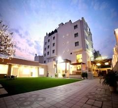 Comfort Inn M1 2