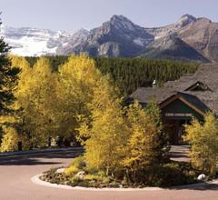 Lake Louise Inn 1