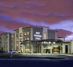 Best Western Plus Lackland Hotel & Suites 2