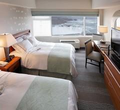 Radisson Hotel & Suites Fallsview 2