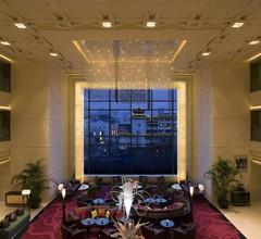 Renaissance Shanghai Yu Garden Hotel 1
